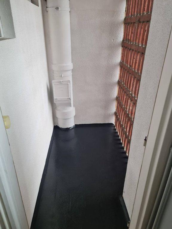 Appartement à louer 3 63m2 à Amiens vignette-9