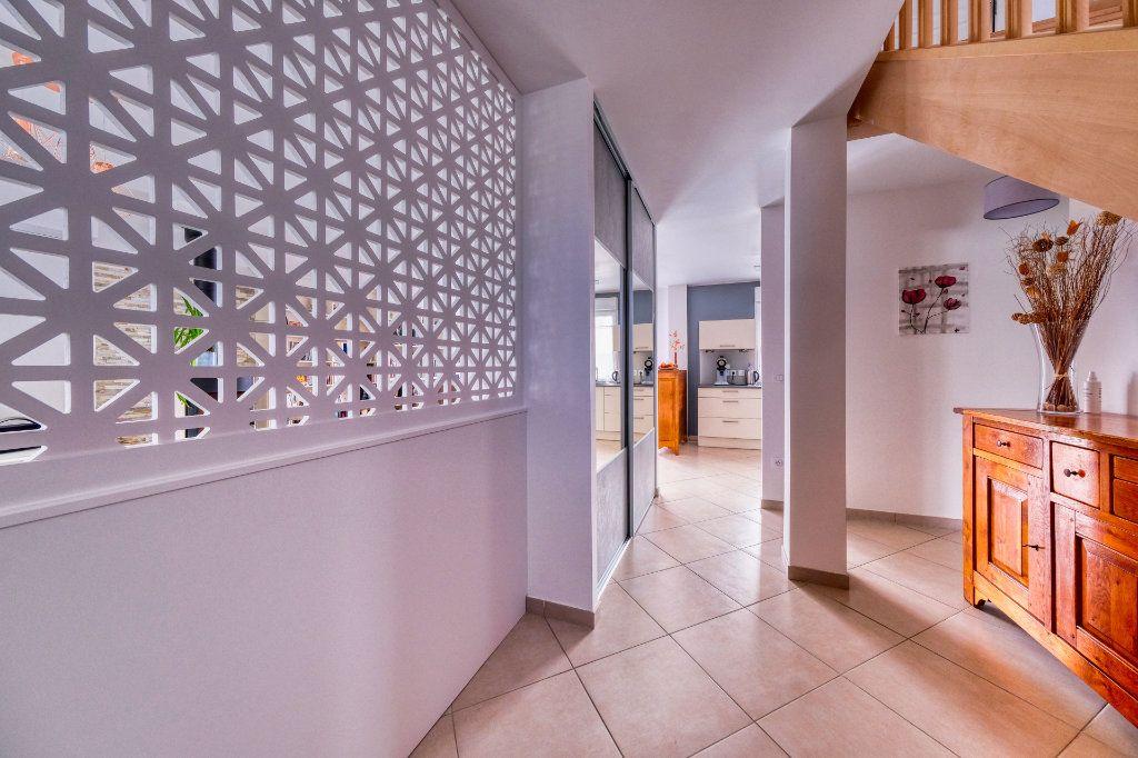 Maison à vendre 6 151m2 à Vers-sur-Selles vignette-1