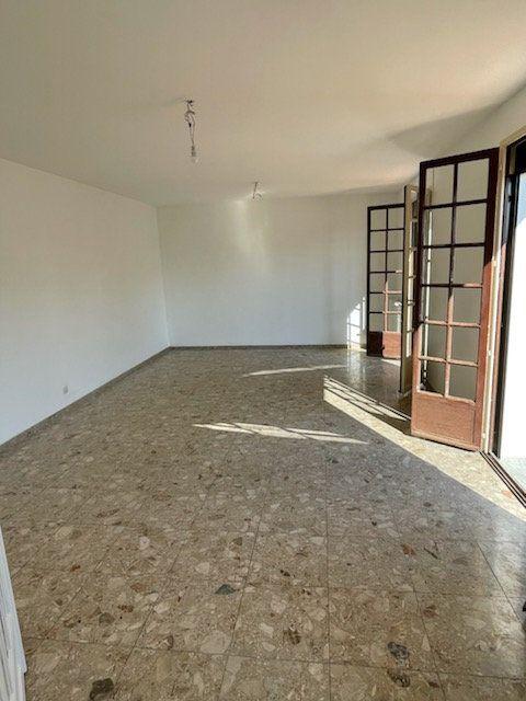 Maison à louer 4 125m2 à Gauchy vignette-3