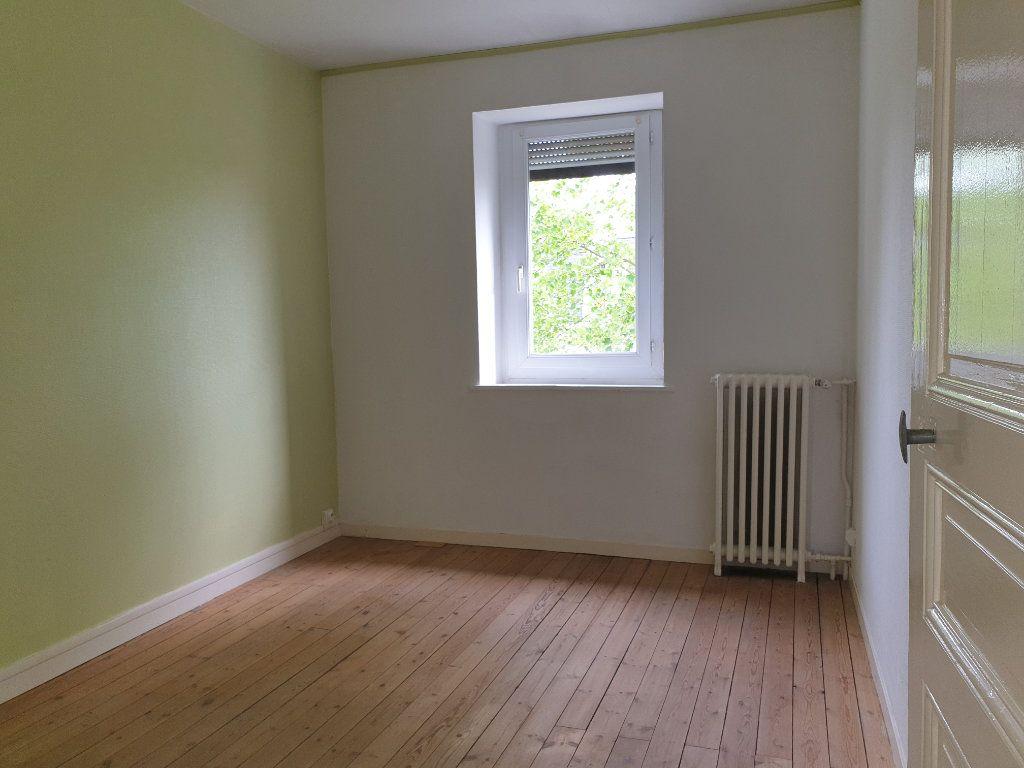 Appartement à louer 4 93.33m2 à Chauny vignette-8