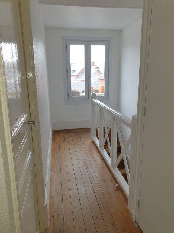 Appartement à louer 4 93.33m2 à Chauny vignette-9