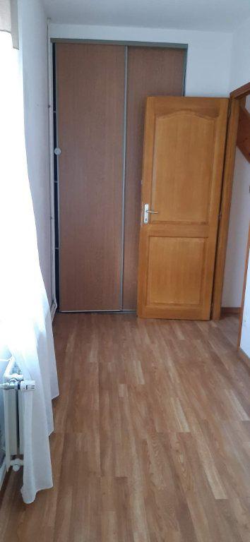 Maison à louer 5 105.39m2 à Saint-Quentin vignette-8
