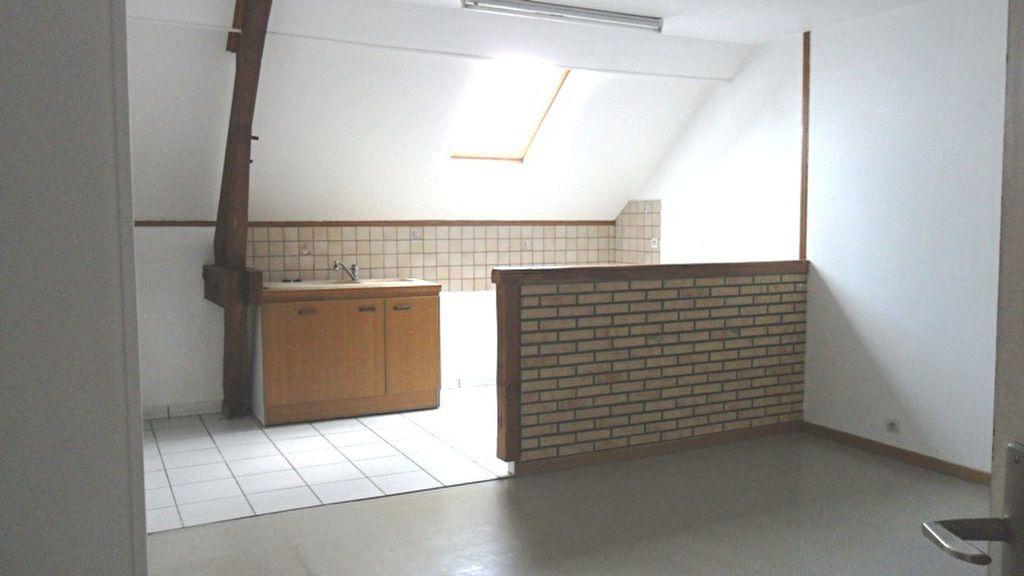 Appartement à louer 2 43m2 à Saint-Quentin vignette-1