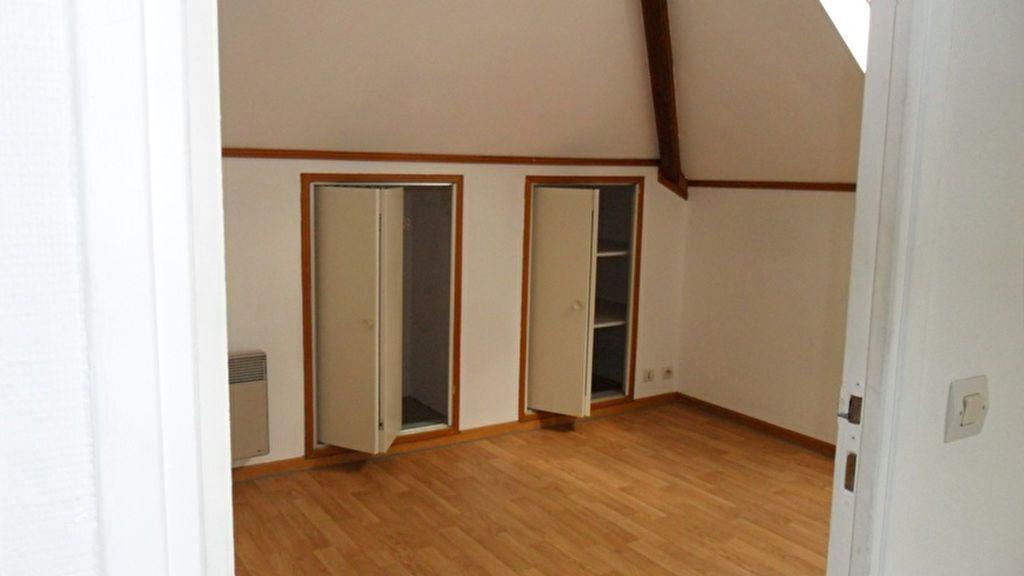 Appartement à louer 2 43m2 à Saint-Quentin vignette-3