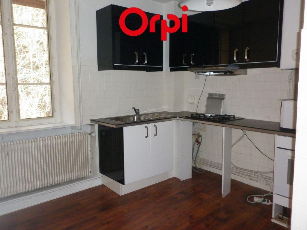 Appartement à vendre 3 62.11m2 à Voiron vignette-1