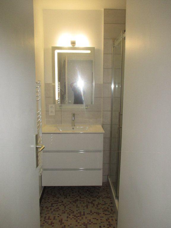 Appartement à louer 3 56.5m2 à Seyssinet-Pariset vignette-6