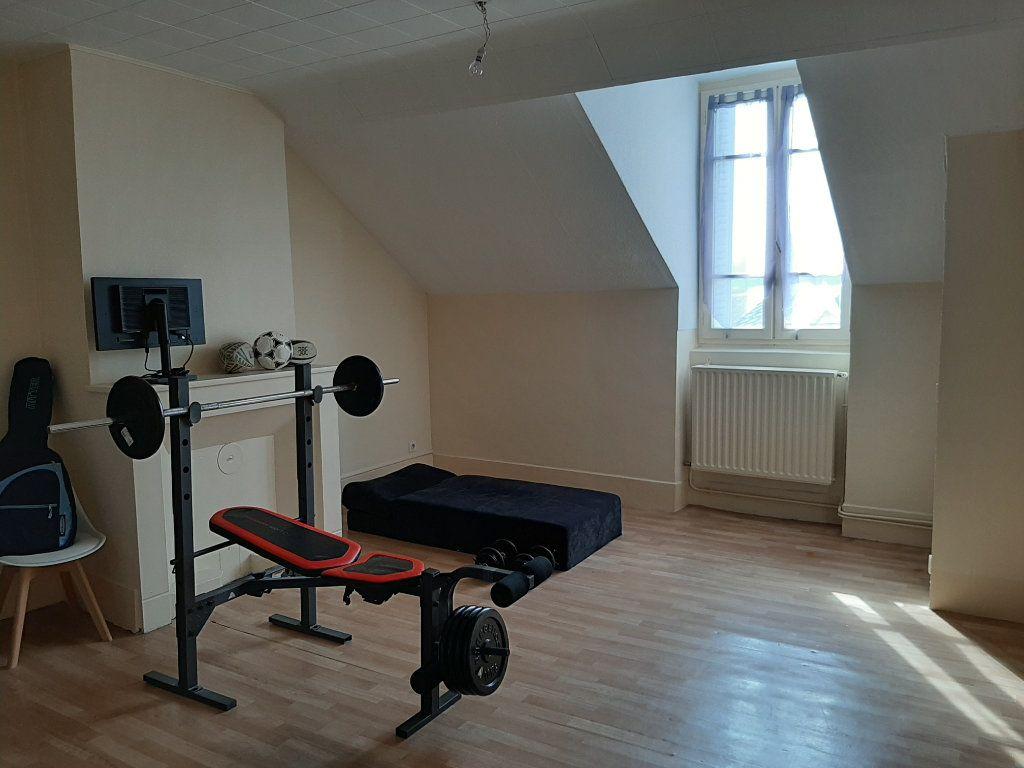 Appartement à louer 3 85m2 à Voiron vignette-1
