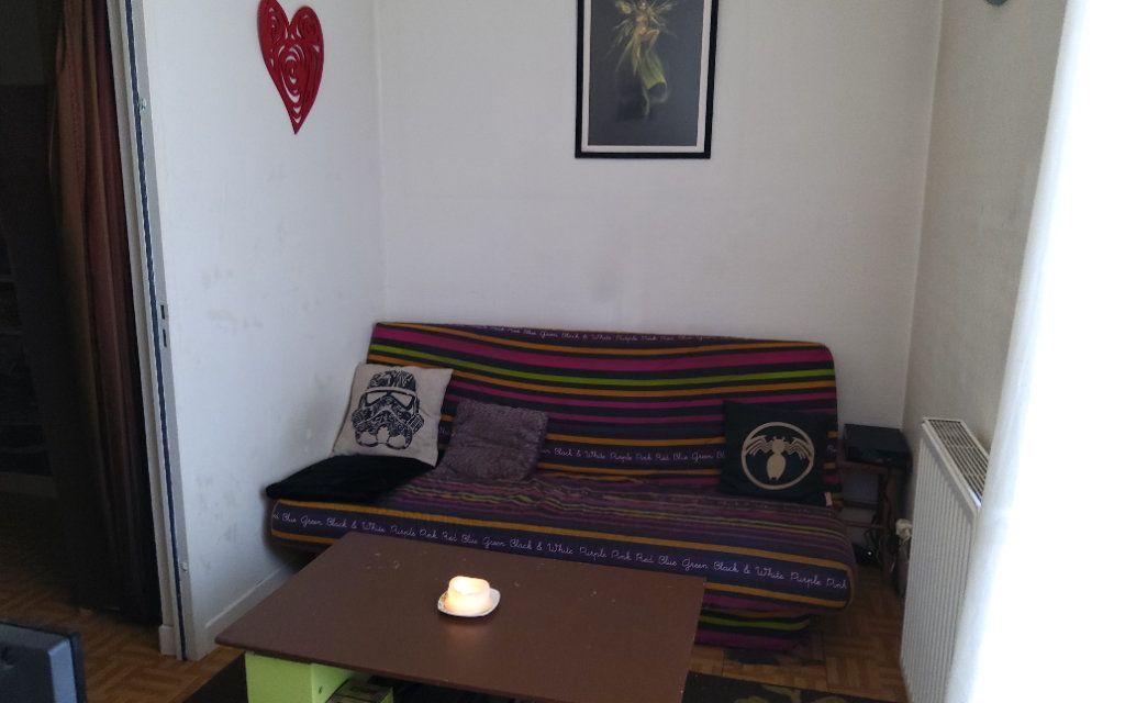 Appartement à louer 2 30m2 à Moirans vignette-3