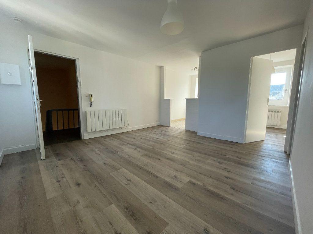 Appartement à louer 2 35m2 à Orléans vignette-3