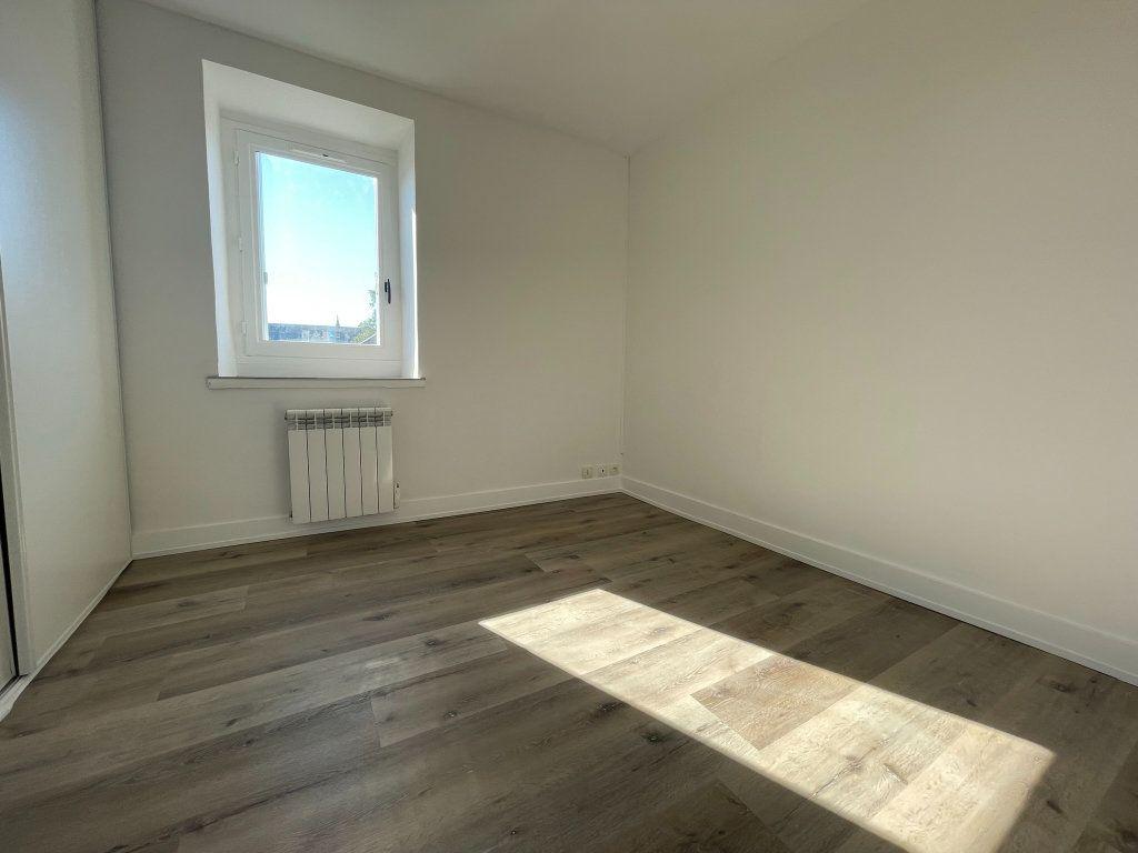Appartement à louer 2 35m2 à Orléans vignette-4