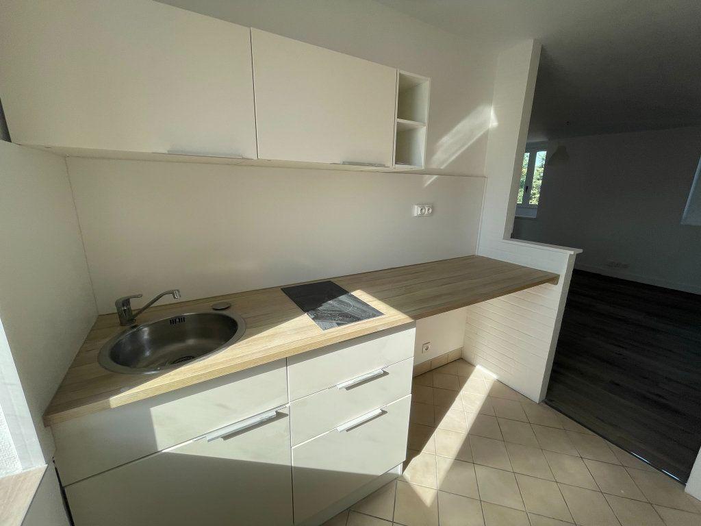 Appartement à louer 2 35m2 à Orléans vignette-8