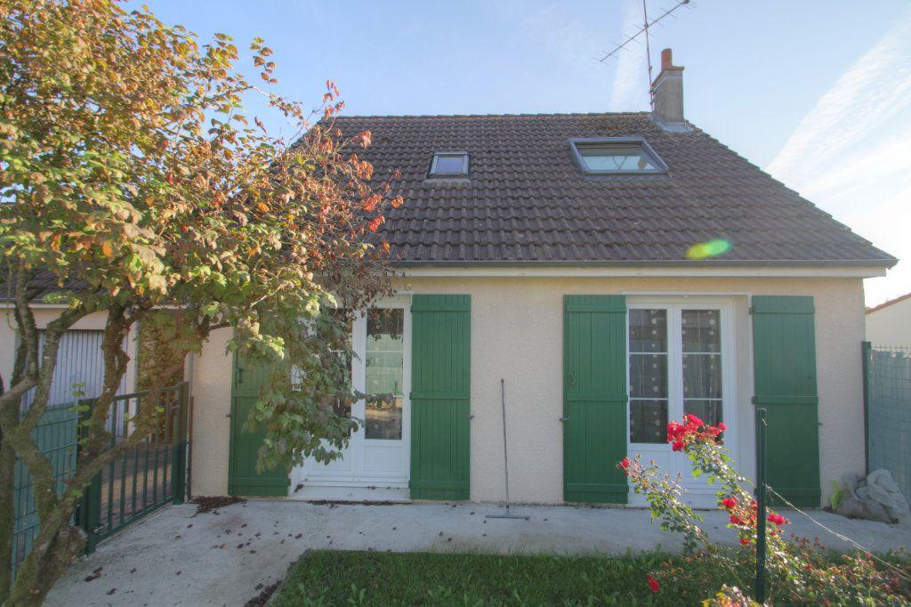 Maison à vendre 5 98m2 à Saran vignette-1