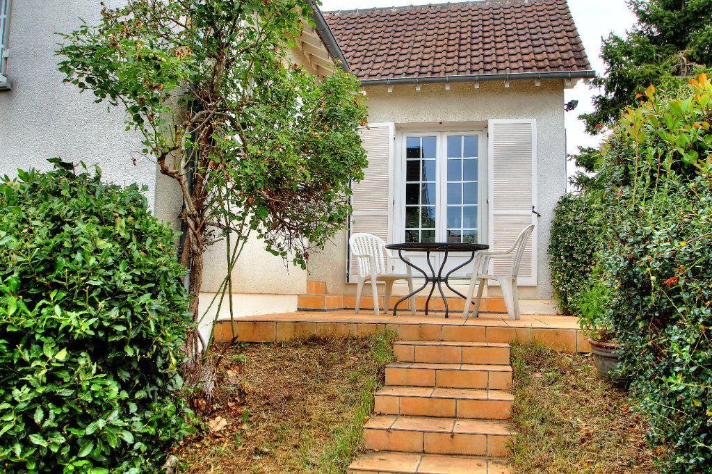 Maison à vendre 4 107.64m2 à Orléans vignette-1