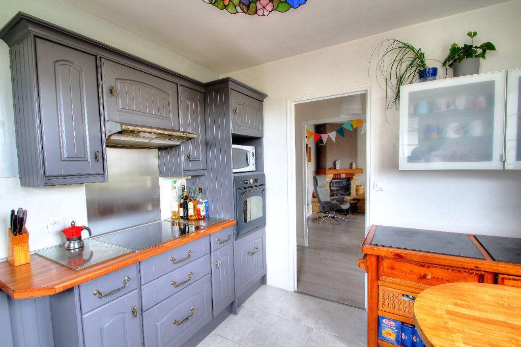 Maison à vendre 4 107.64m2 à Orléans vignette-6