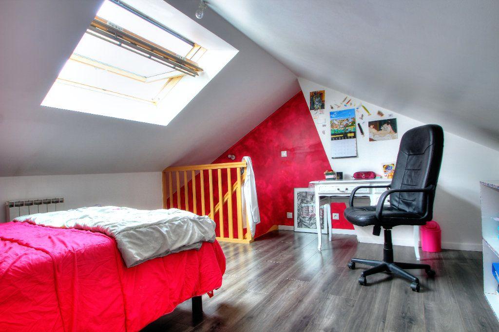 Maison à vendre 4 107.64m2 à Orléans vignette-9