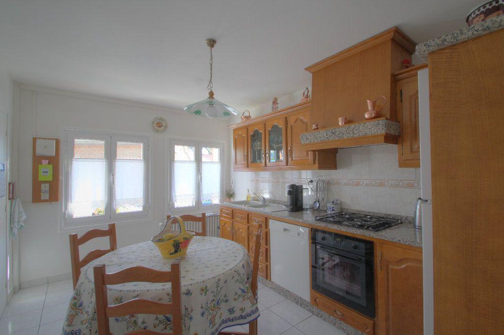 Maison à vendre 5 106.66m2 à Saint-Jean-de-Braye vignette-4