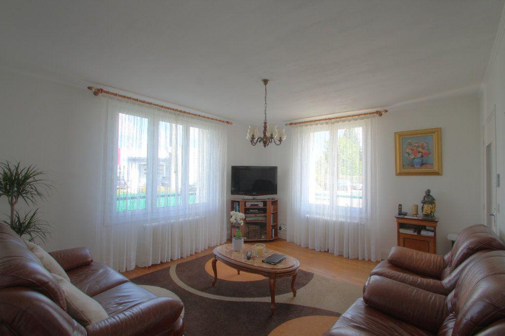 Maison à vendre 5 106.66m2 à Saint-Jean-de-Braye vignette-7