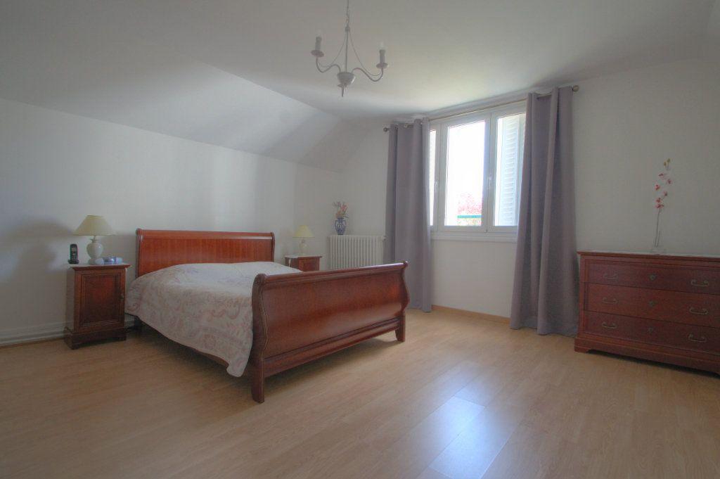 Maison à vendre 5 106.66m2 à Saint-Jean-de-Braye vignette-9