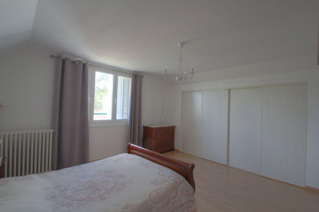 Maison à vendre 5 106.66m2 à Saint-Jean-de-Braye vignette-10