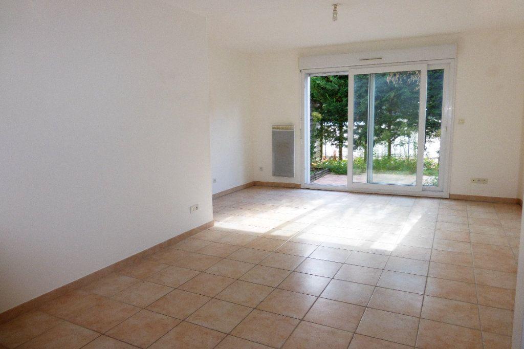 Maison à louer 3 57.61m2 à Orléans vignette-1
