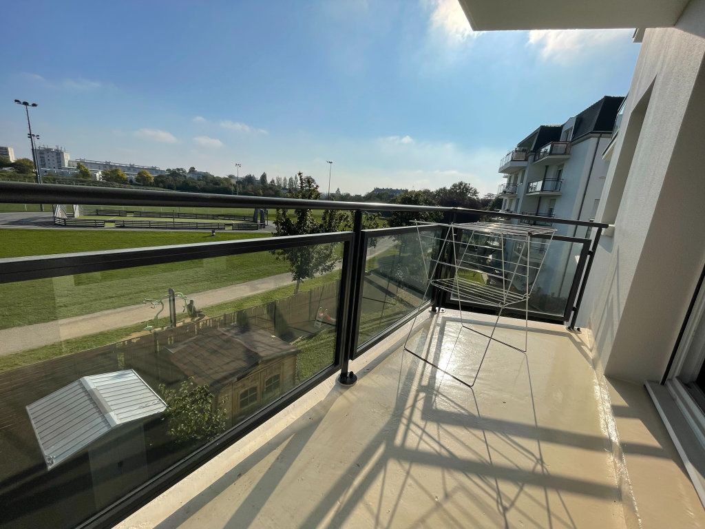 Appartement à louer 2 42m2 à Saint-Jean-de-Braye vignette-1