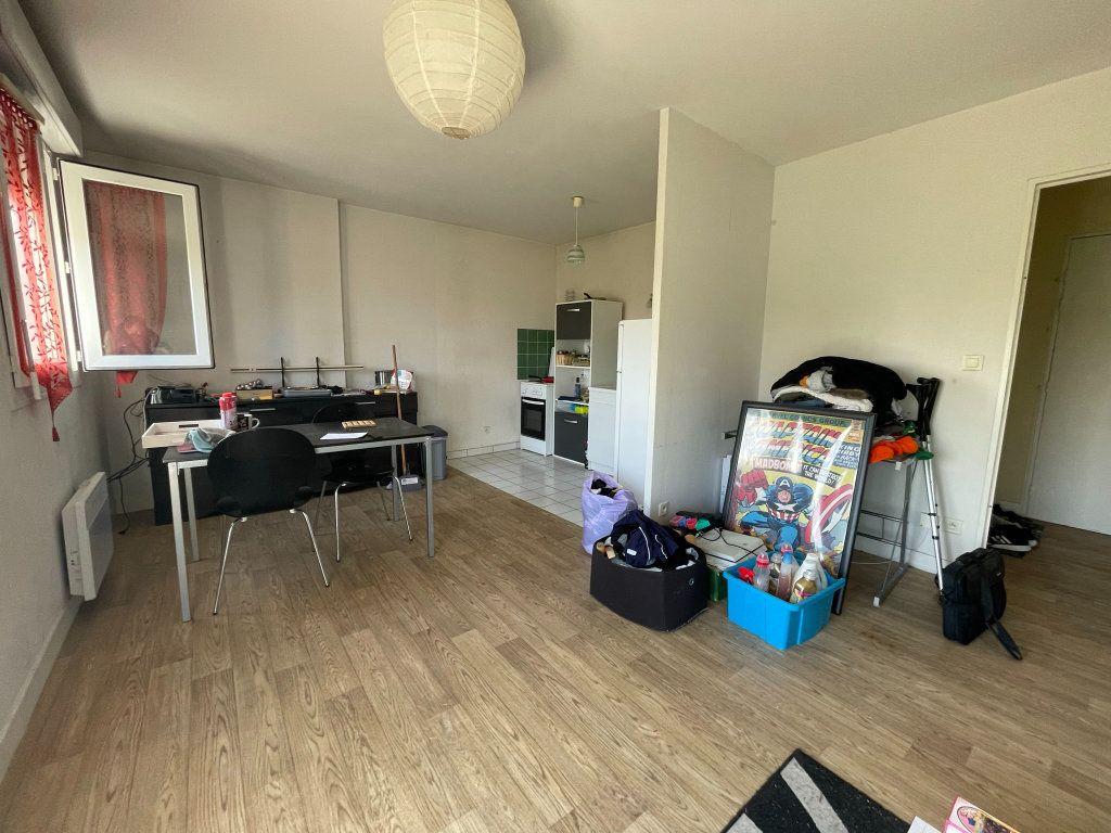 Appartement à louer 2 42m2 à Saint-Jean-de-Braye vignette-3