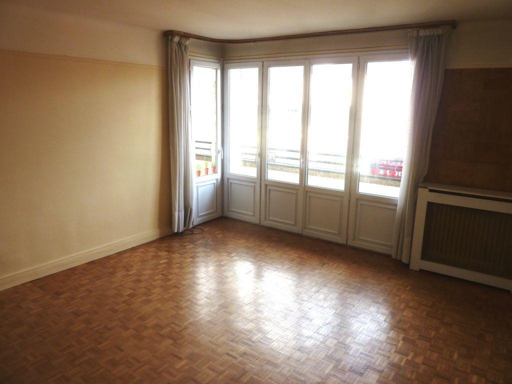 Appartement à louer 2 51m2 à Joinville-le-Pont vignette-2