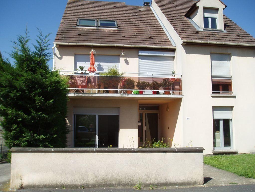 Appartement à louer 2 40m2 à Pontault-Combault vignette-1