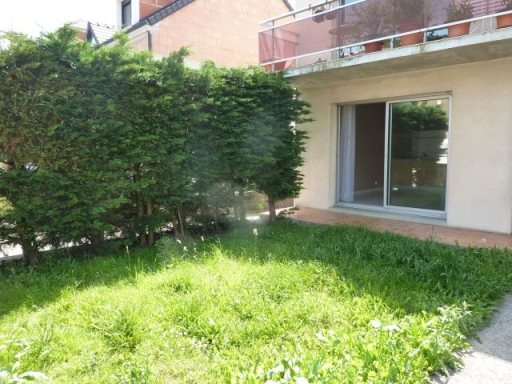 Appartement à louer 2 40m2 à Pontault-Combault vignette-5