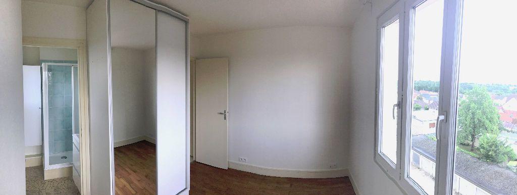 Appartement à louer 2 34.17m2 à Joinville-le-Pont vignette-2