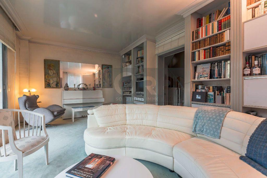 Maison à vendre 6 140m2 à Joinville-le-Pont vignette-4