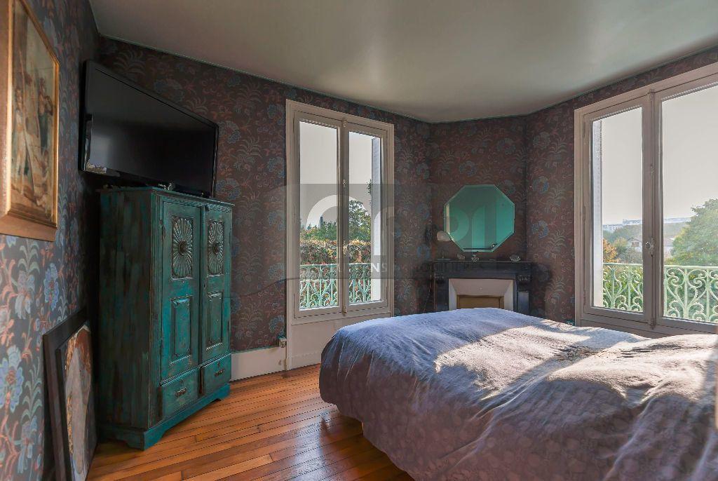 Maison à vendre 6 140m2 à Joinville-le-Pont vignette-10