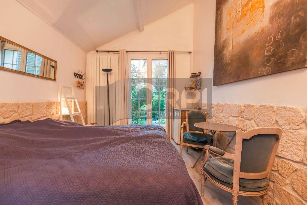 Maison à vendre 6 140m2 à Joinville-le-Pont vignette-12