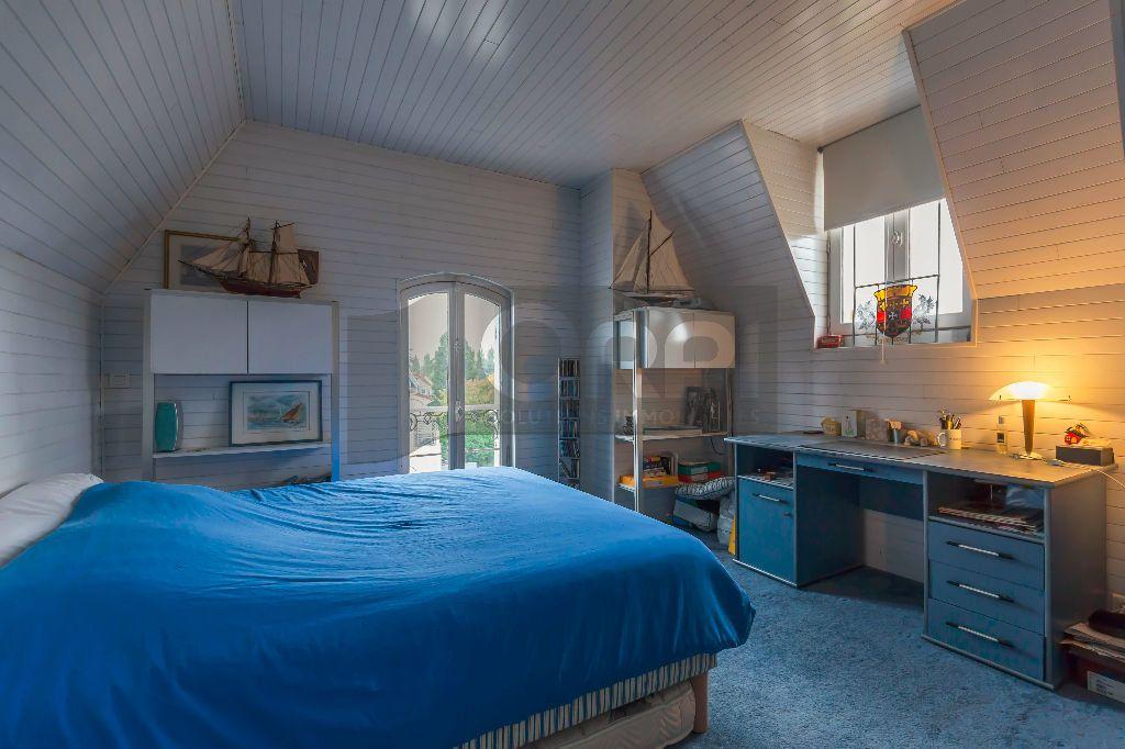 Maison à vendre 6 140m2 à Joinville-le-Pont vignette-13