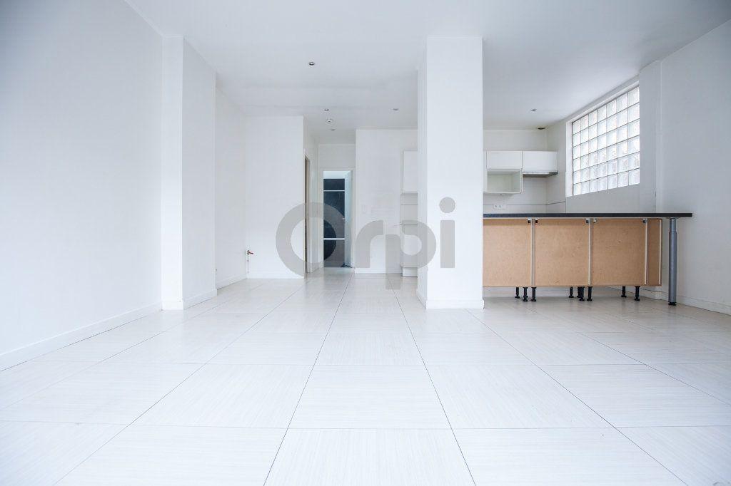 Appartement à louer 2 50.61m2 à Joinville-le-Pont vignette-1