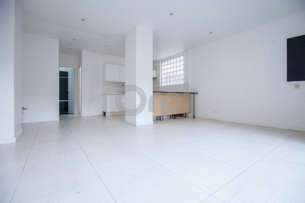 Appartement à louer 2 50.61m2 à Joinville-le-Pont vignette-2