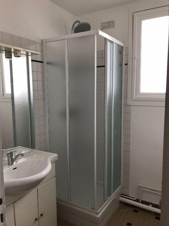 Appartement à louer 3 58.21m2 à Joinville-le-Pont vignette-3