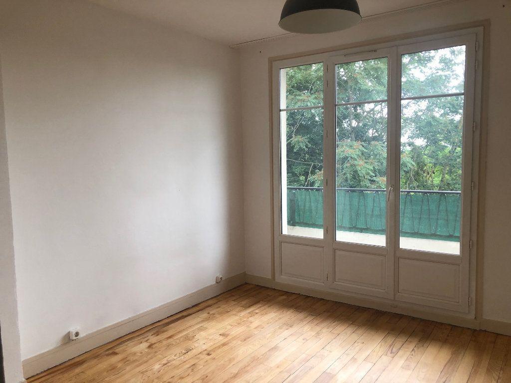 Appartement à louer 4 63.68m2 à Champigny-sur-Marne vignette-13