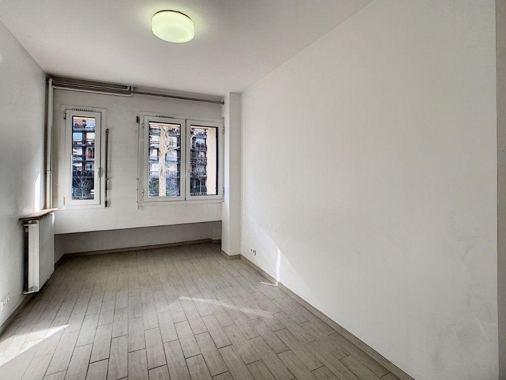 Appartement à louer 1 15.23m2 à Boulogne-Billancourt vignette-4
