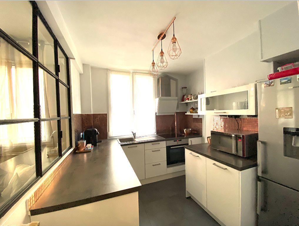 Appartement à vendre 3 63m2 à Maisons-Alfort vignette-3