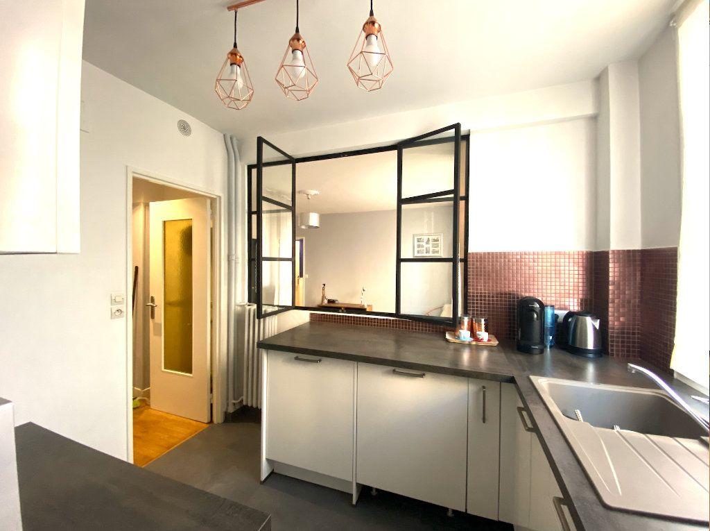 Appartement à vendre 3 63m2 à Maisons-Alfort vignette-4