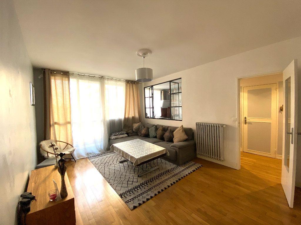 Appartement à vendre 3 63m2 à Maisons-Alfort vignette-5