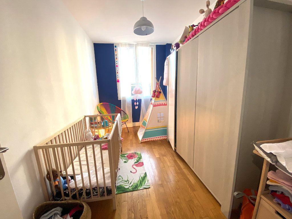 Appartement à vendre 3 63m2 à Maisons-Alfort vignette-7