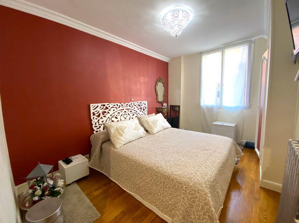 Appartement à vendre 3 63m2 à Maisons-Alfort vignette-8