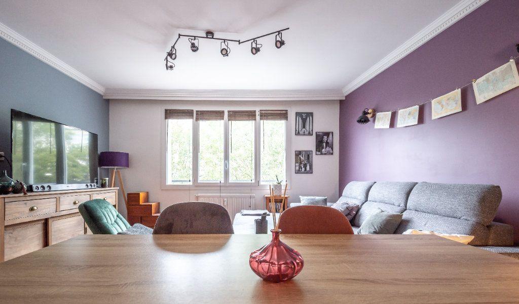 Appartement à vendre 3 56.33m2 à Saint-Maur-des-Fossés vignette-4