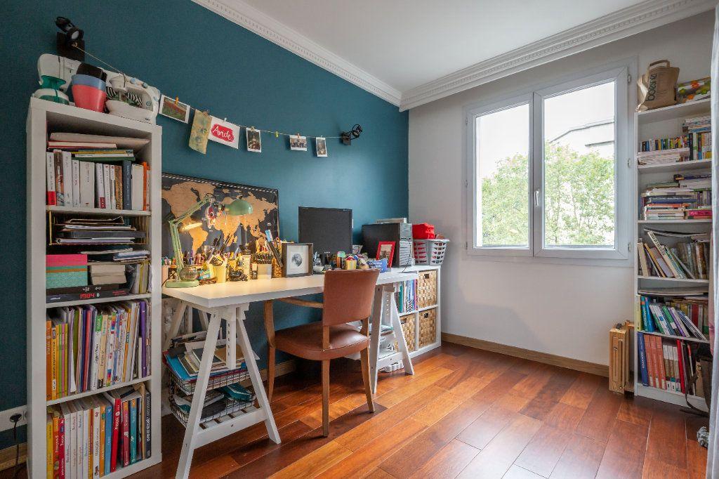 Appartement à vendre 3 56.33m2 à Saint-Maur-des-Fossés vignette-6