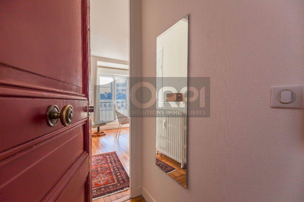 Appartement à louer 1 18.91m2 à Paris 14 vignette-1