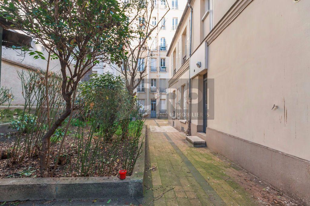 Appartement à louer 1 18.91m2 à Paris 14 vignette-9