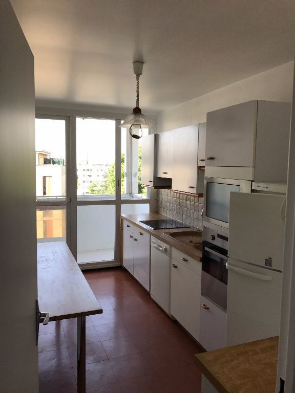 Appartement à louer 3 79.21m2 à Créteil vignette-1