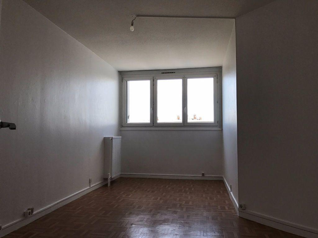 Appartement à louer 3 79.21m2 à Créteil vignette-6